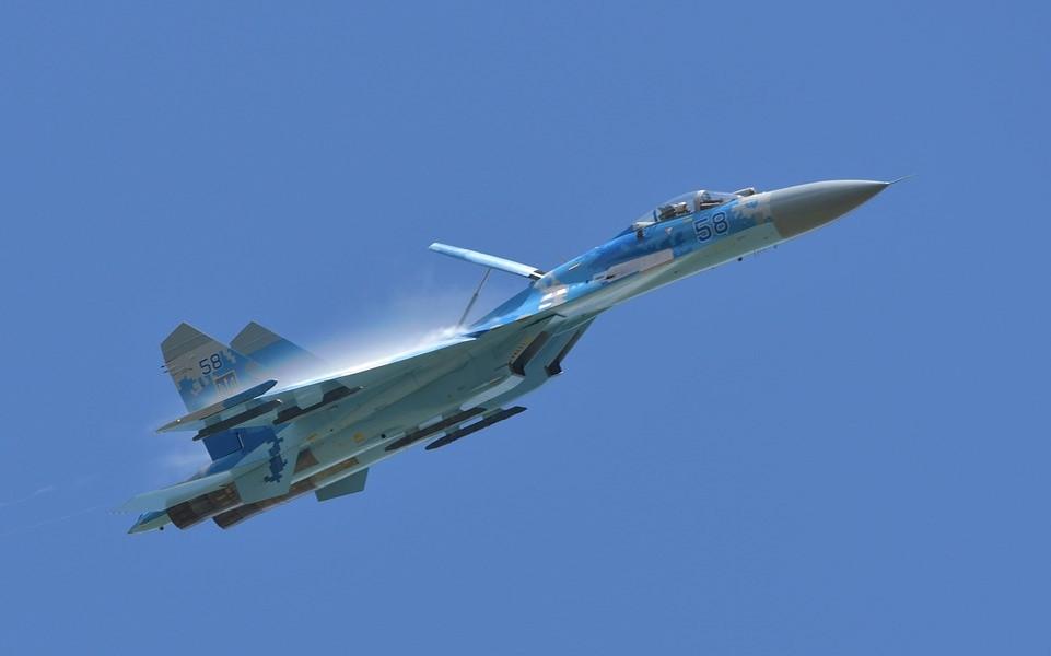 Militärflugzeug
